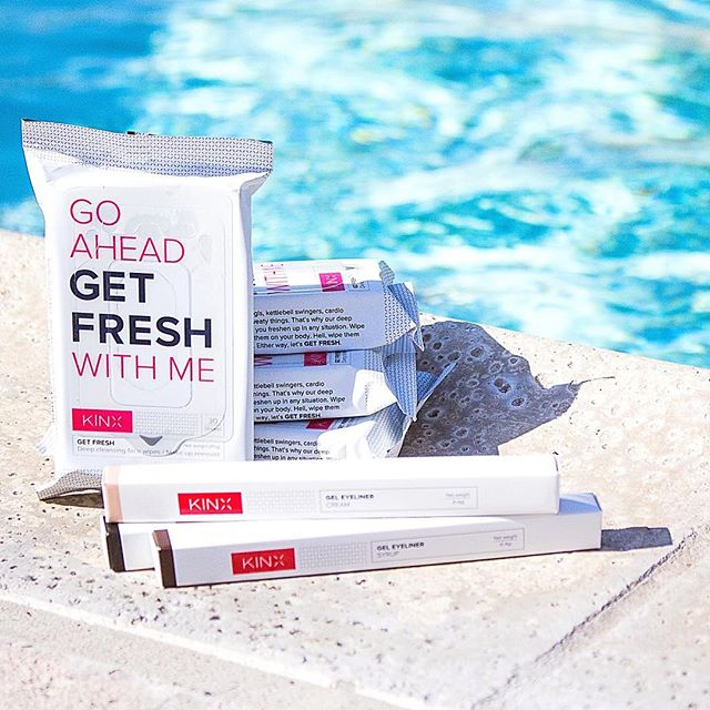 Why hello there summer 👋🏻😎☀️. Don't you just hate it when you're at a pool party and your makeup starts to bleed? 😡😩😭 🚨Solution: #Kinx waterproof eyeliner will keep you looking amazing 😍 all day. And when the party is done, gotta stay fresh with #Kinx 's wipes. . . . . . #summerday #poolparty #kinxactive #eyeliner #makeupwipes