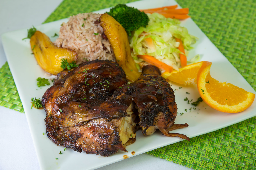 Jerk Chicken Full Plate.png