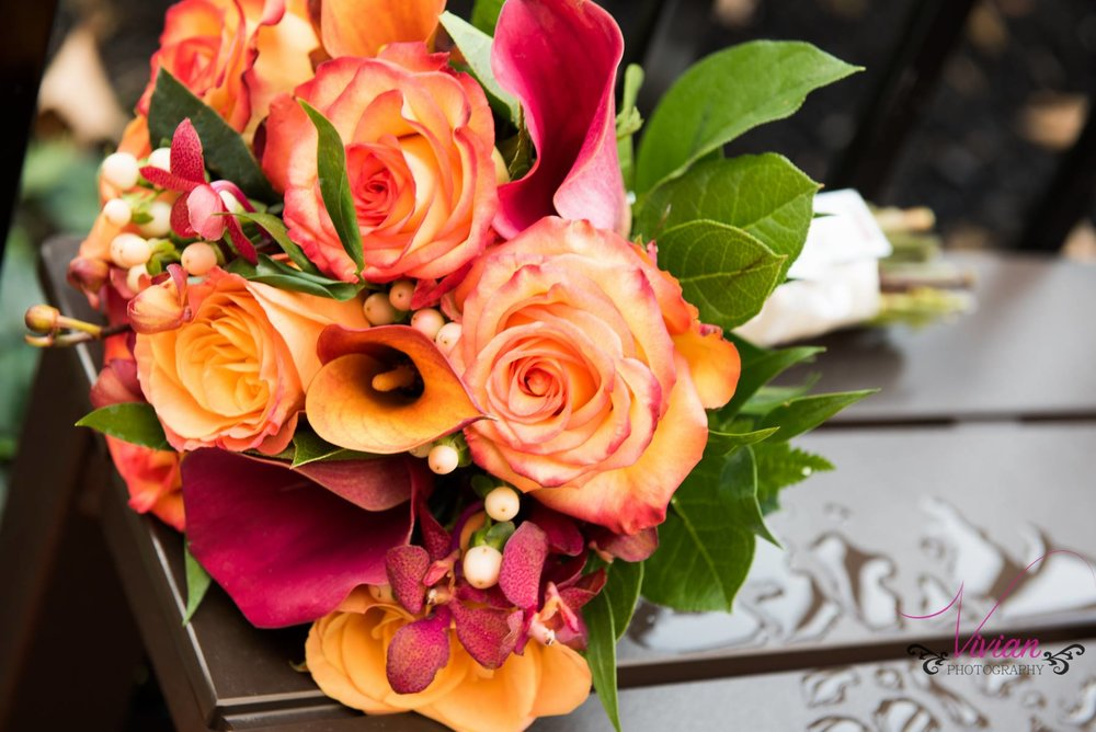 orange-and-red-roses.jpg