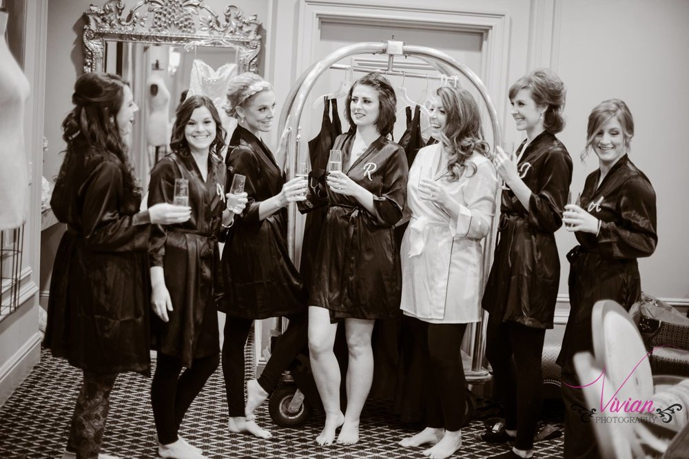 candid-photo-of-bridesmaids-in-silk-robes.jpg