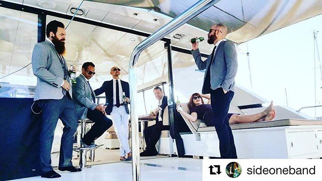 #Repost @sideoneband (@get_repost) ・・・ In the green room... Seattle edition! #imonaboat #sideoneSEA #sideoneinthegreenroom