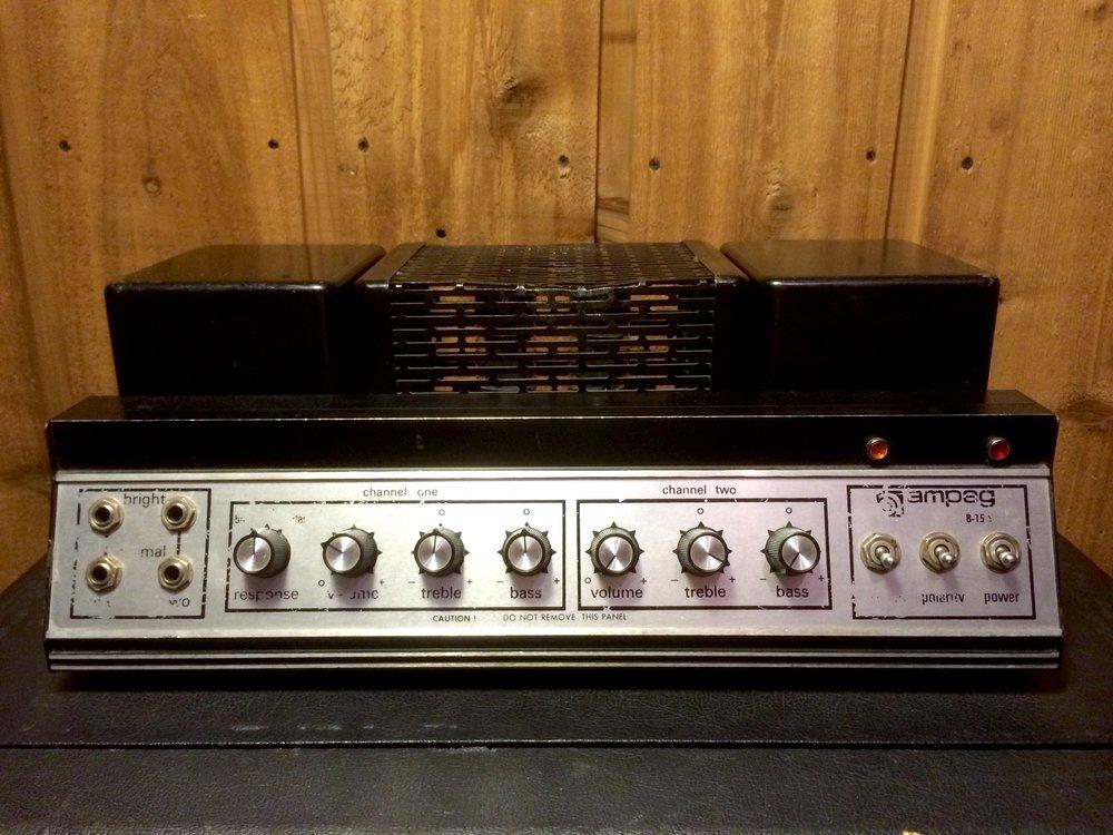 Ampeg B-15