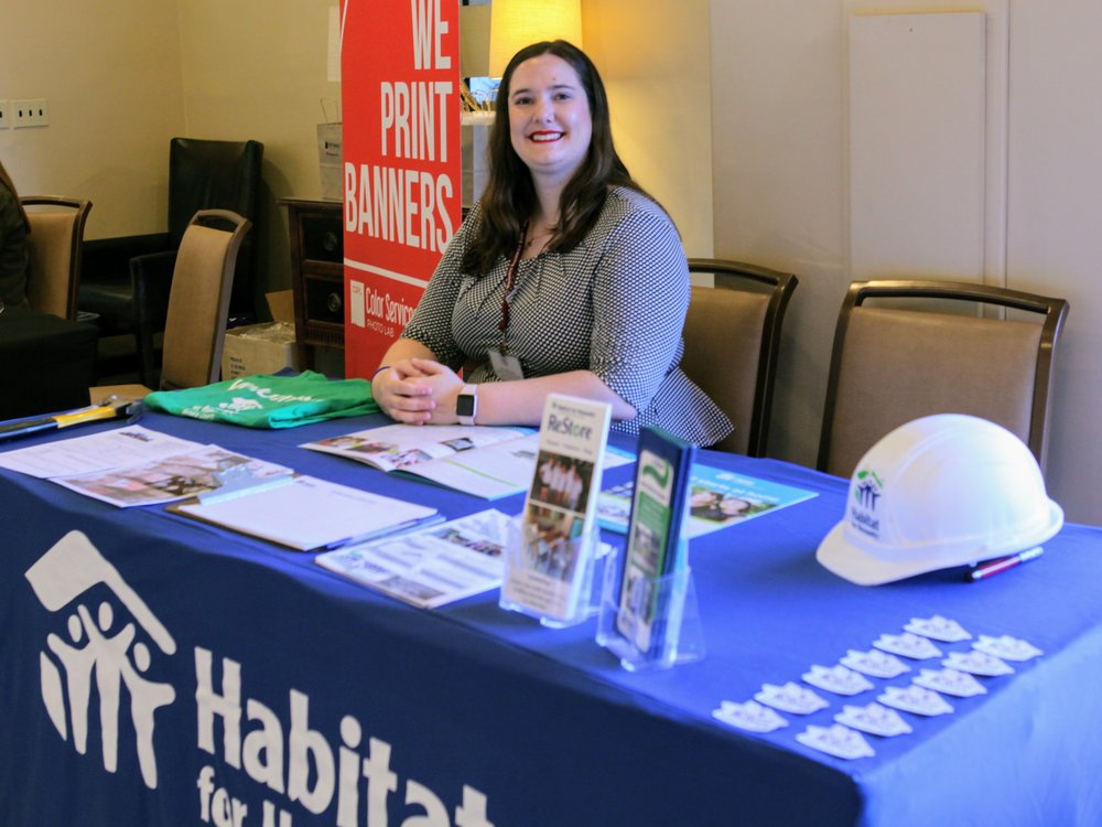 Habitat Table_5717.jpg