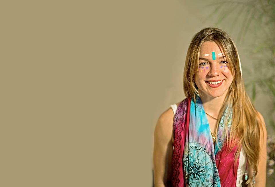 Daniela Garza Ríos , AcroYoga