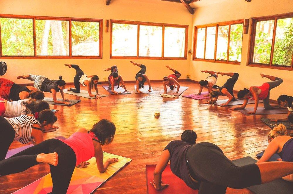 Istmo Yoga and SUP 6.jpg