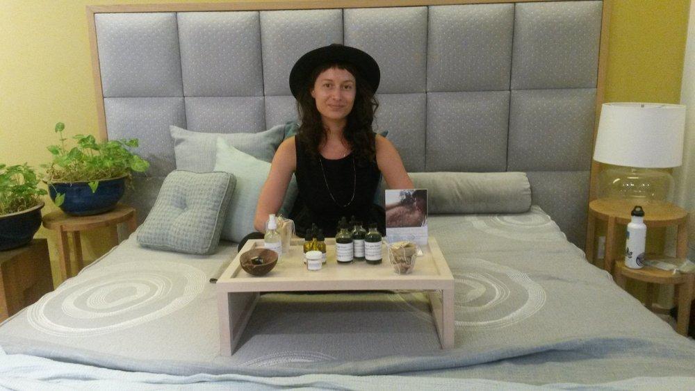 Rachelle Robinett, Medicinal Herbal Healer