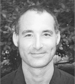 Seth Dellinger  is a Feldenkrais practitioner who specializes in working with movement as a vehicle for tapping into the natural creativity possessed by all human beings.