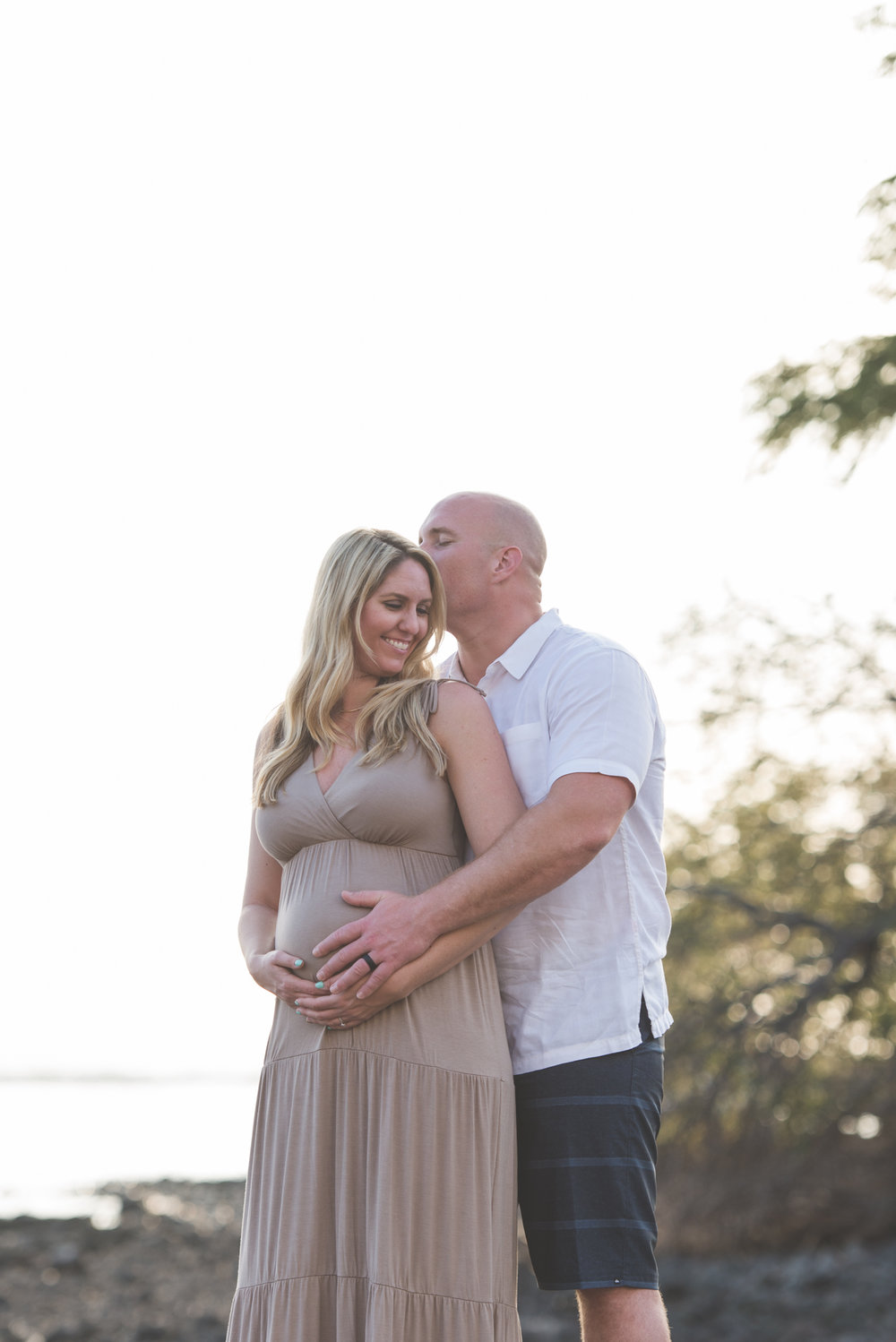 Maternity Photographer Maui