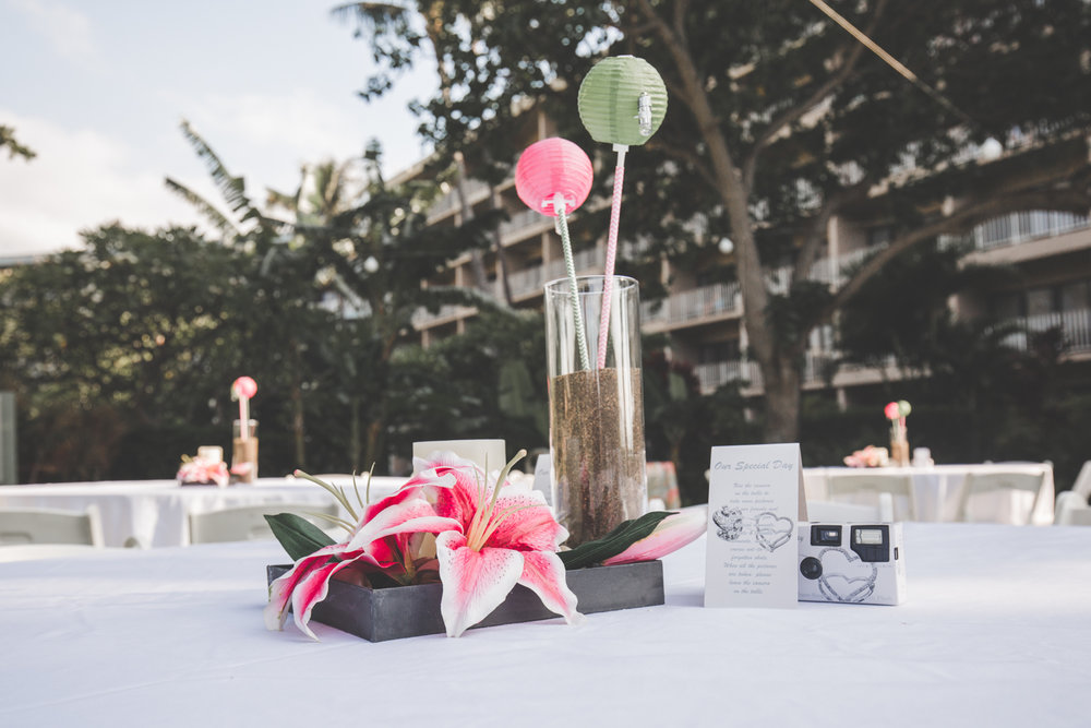 beautiful table set up for maui wedding