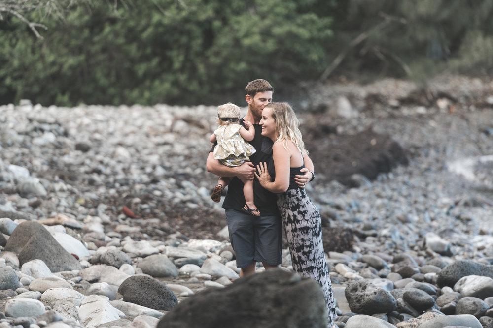 Family portrait session Honolua Bay
