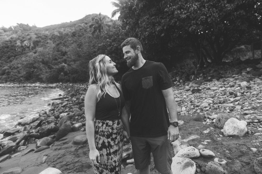 Maui couples photography at Honolua Bay