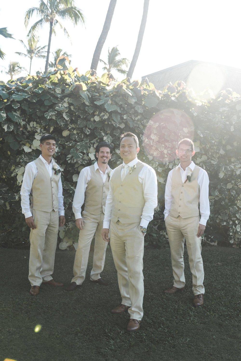 maui groom and groomsmen photograph