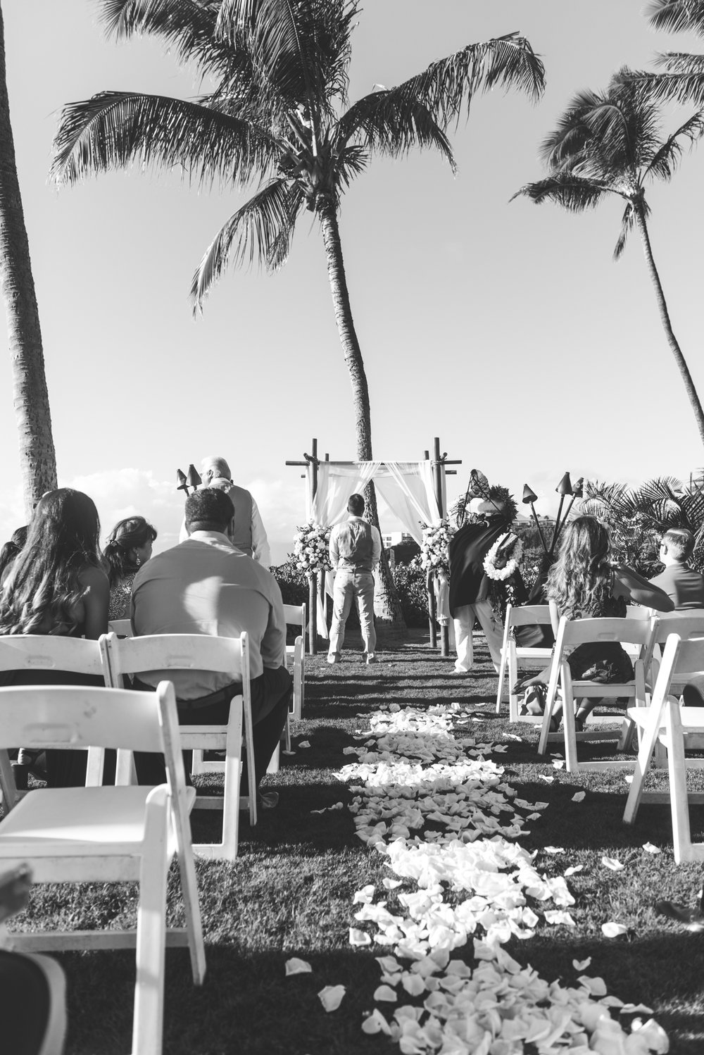 black and white palm trees and aisle for maui wedding