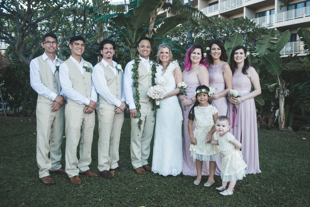 bridal party in beautiful maui wedding