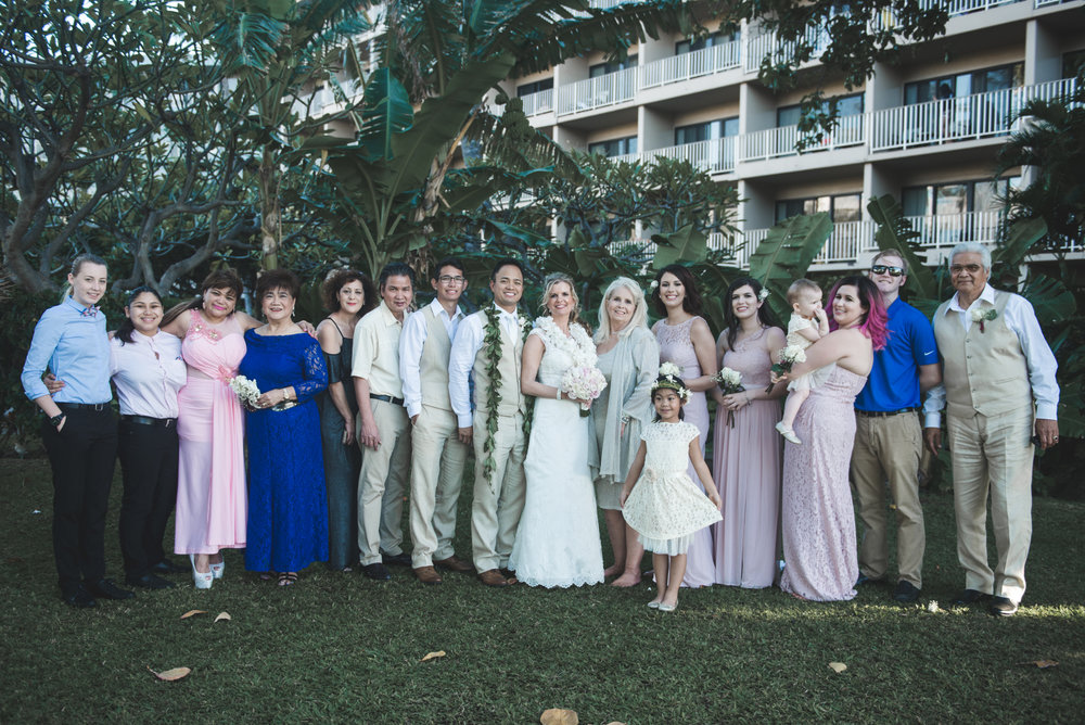 family wedding portrait in kaanapali wedding