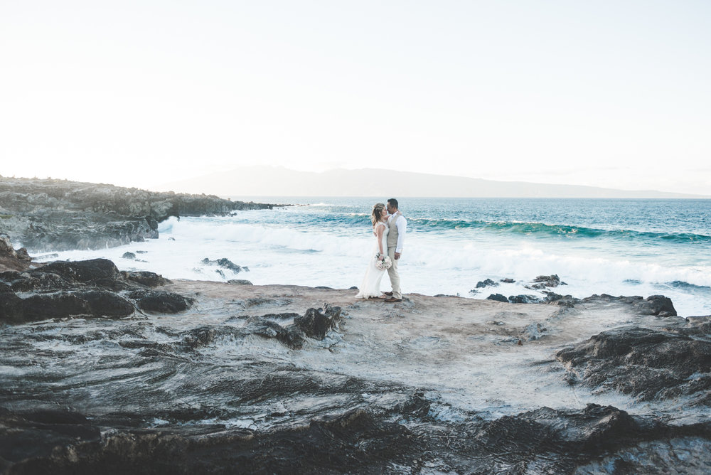 amazing maui beach wedding portrait