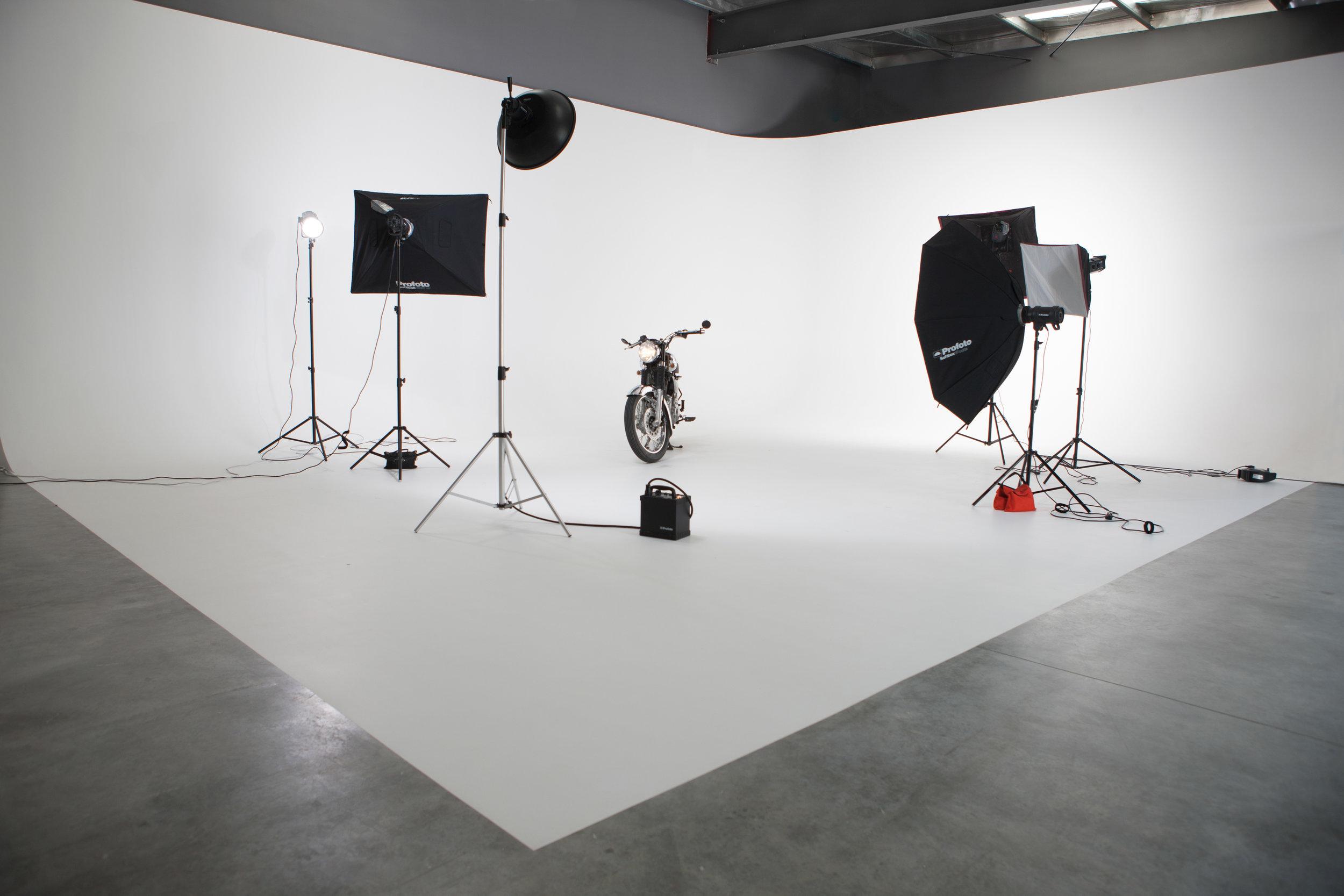8th+Street+Studios+-++Studio+A+6+-bike.j