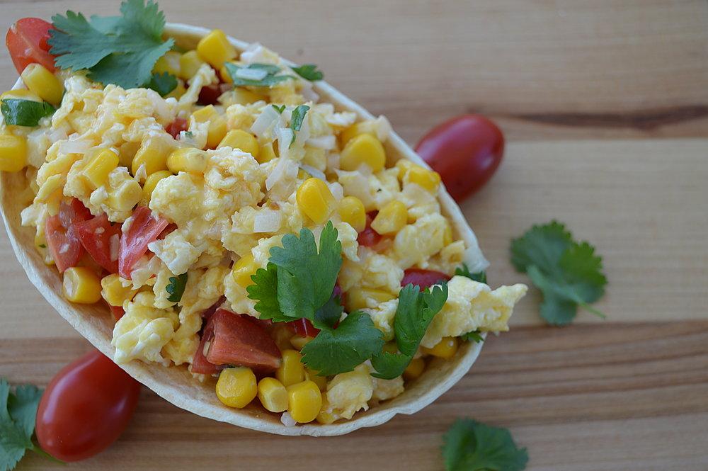 Tex-mex äggröra i frukosttaco