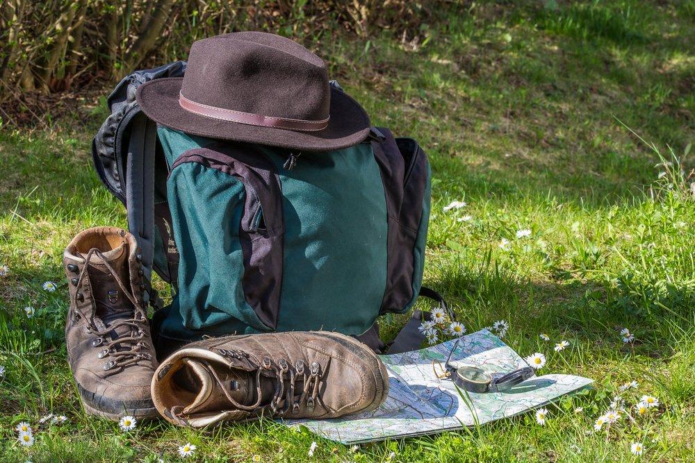 hiking-1312226.jpg