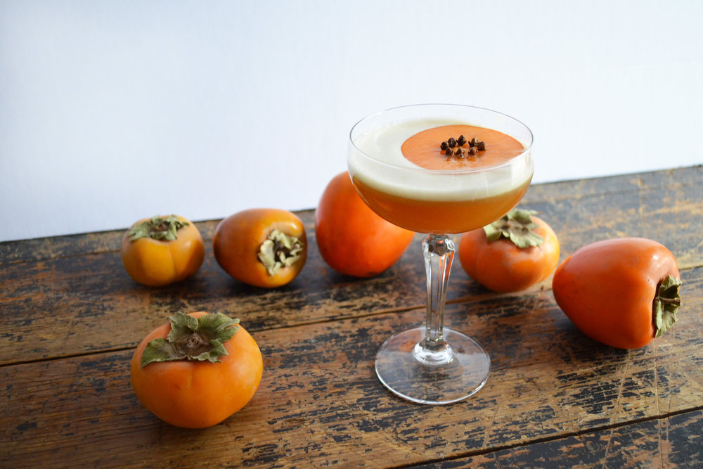 Bourbon Persimmon Amaretto Sour | drinkingwithchickens.com