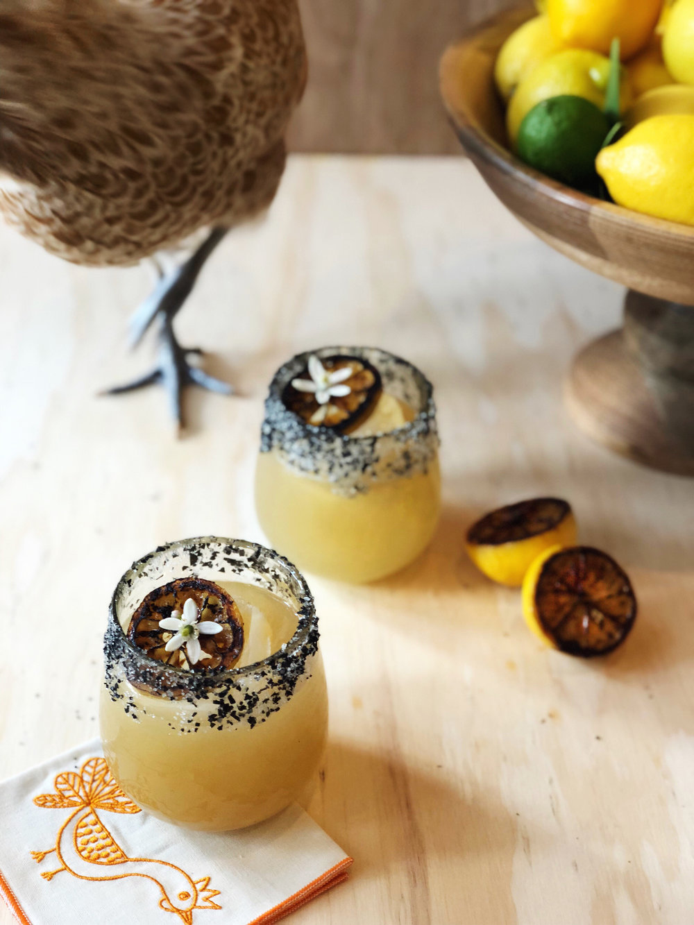 Charred Lemon Margaritas | drinkingwithchickens.com
