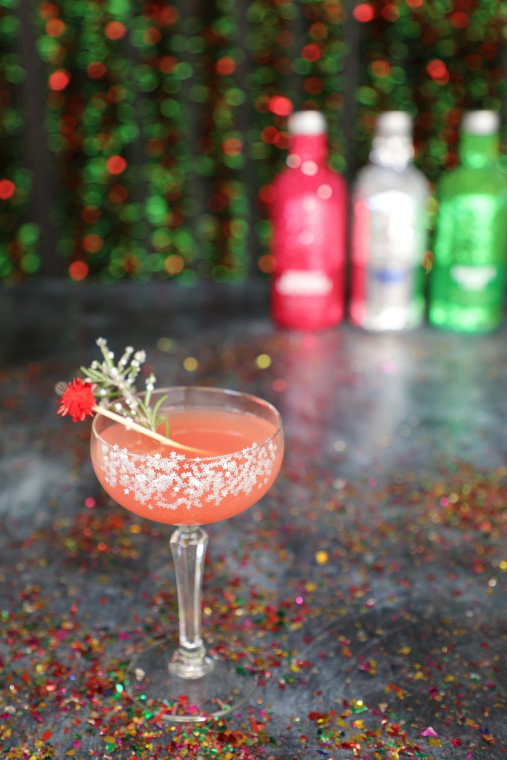 Winter Citrus Grove Sparkler made with Absolut Grapefruit | drinkingwithchickens.com #AD #nosugarcoating
