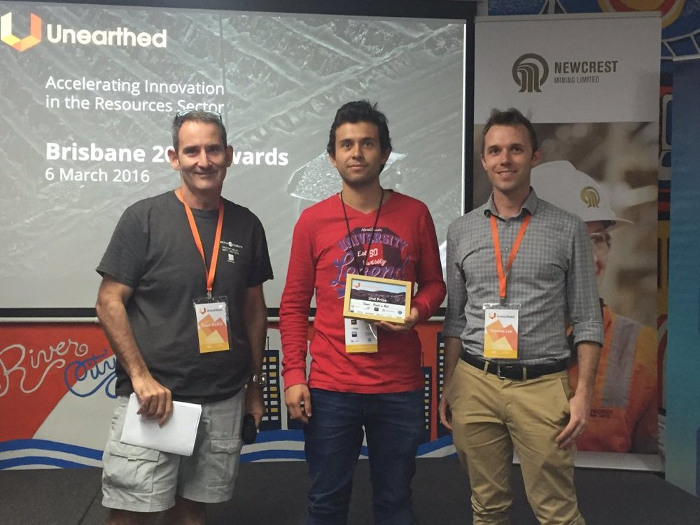 Team Rock n Roll, runner up winners of Unearthed Brisbane 2016 with entrepreneur Steve Baxter.
