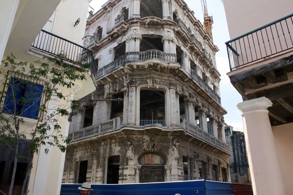 Palacio Cueto currently under restoration