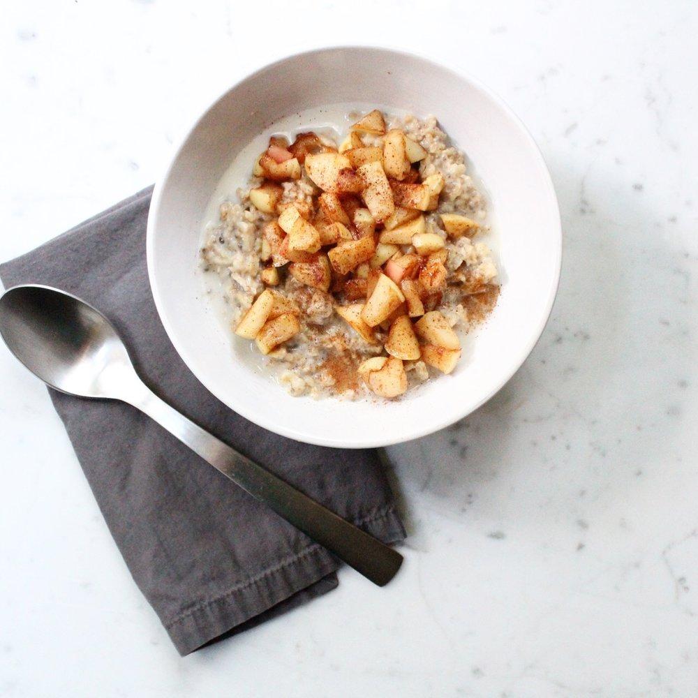 Baked apple porridge -