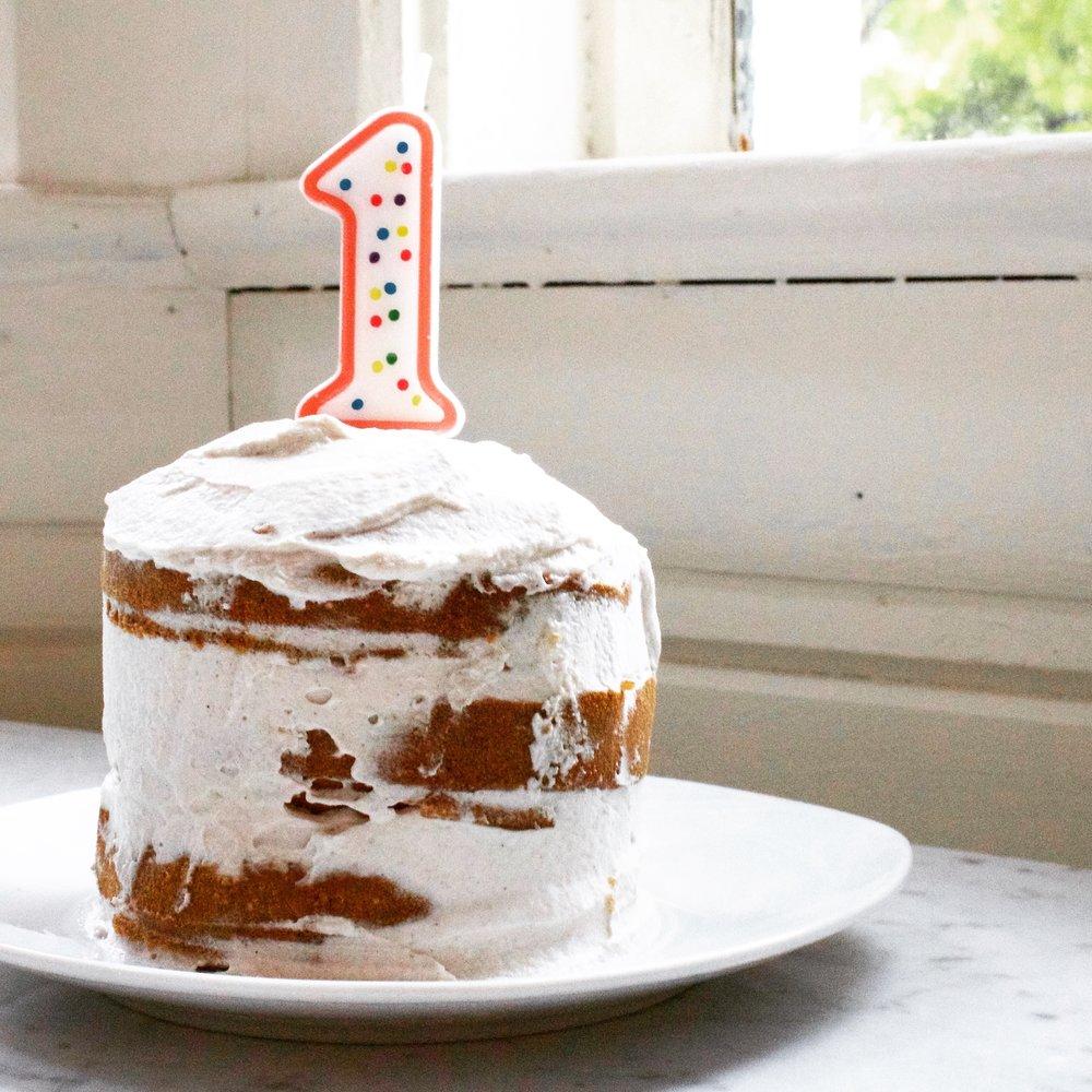 ivy's first birthday cake -