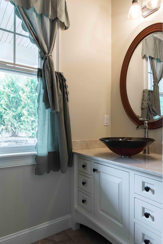 Stroudwater Cape, Portland, Maine, Bathroom