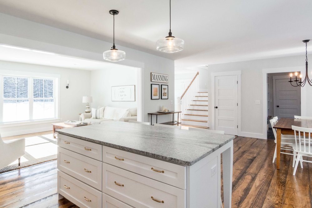 Pleasant River Farmhouse, Windham, Maine, Kitchen Island