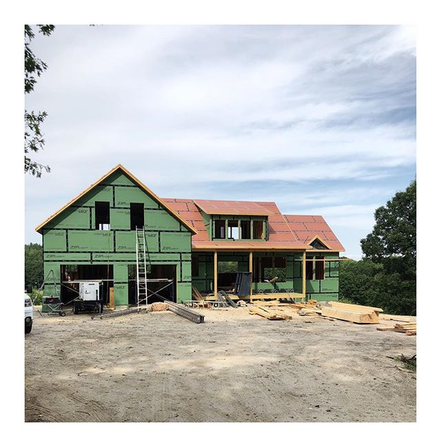 It's awesome to see our home designs come to life, after only seeing them on paper for so long. This one is going to be real good. . . . . . #mainehomes #falmouth #contractorsofinsta #buildersofig #homedesign #newconstruction #zipsystem #framing #newhomeconstruction #maine