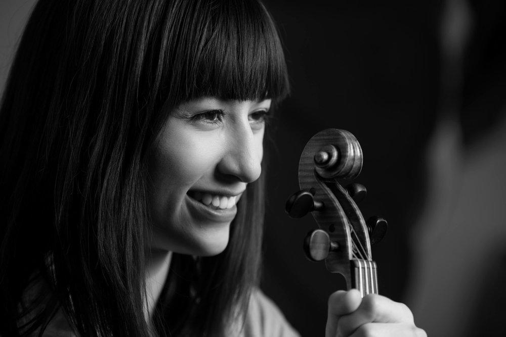 Lena Vidulich, Viola
