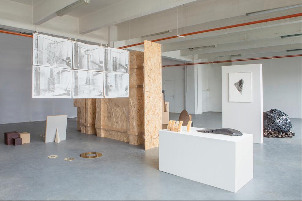 Vue de l'exposition Kalos Kagathos