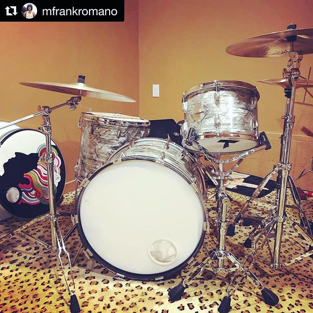 It's great having old friend and @thebestfest drummer @mfrankromano in Nashville. Happy to set him up with our '66 Sky Blue Pearl Slingerlands, 70's @ludwigdrumshq snare and @zildjiancompany cymbals. ⚡️⚡️⚡️ #Repost @mfrankromano with @get_repost ・・・ Christmas came a little early this year in the form of a vintage Slingerland, with all the accoutrements, thanks to @coolranchdorio @doriovintagedrums ❤️