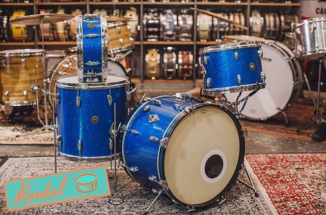 #Repost @nelson_drum_shop Here's another one from the Nelson Drum Shop 'Rental Department'. For you Gretsch lovers, this pup records great! // 1963 Gretsch 'Name Band' in Blue Sparkle - 9x13, 16x16, 14x20 w/ 5.5x14 snare - 6-ply // 615-948-1744 or nelsondrumshop.com
