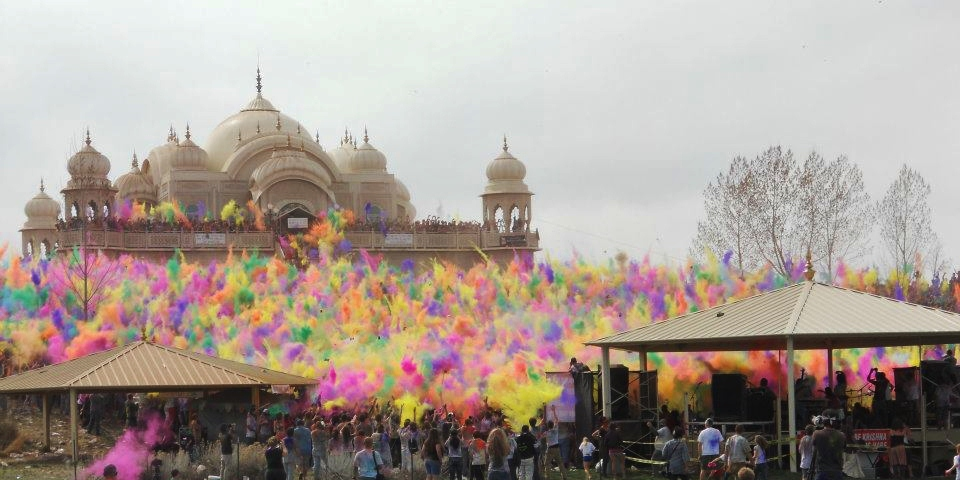 Holi Festival of Colors at Krishna Temple – Next Holi is March 12, 2017