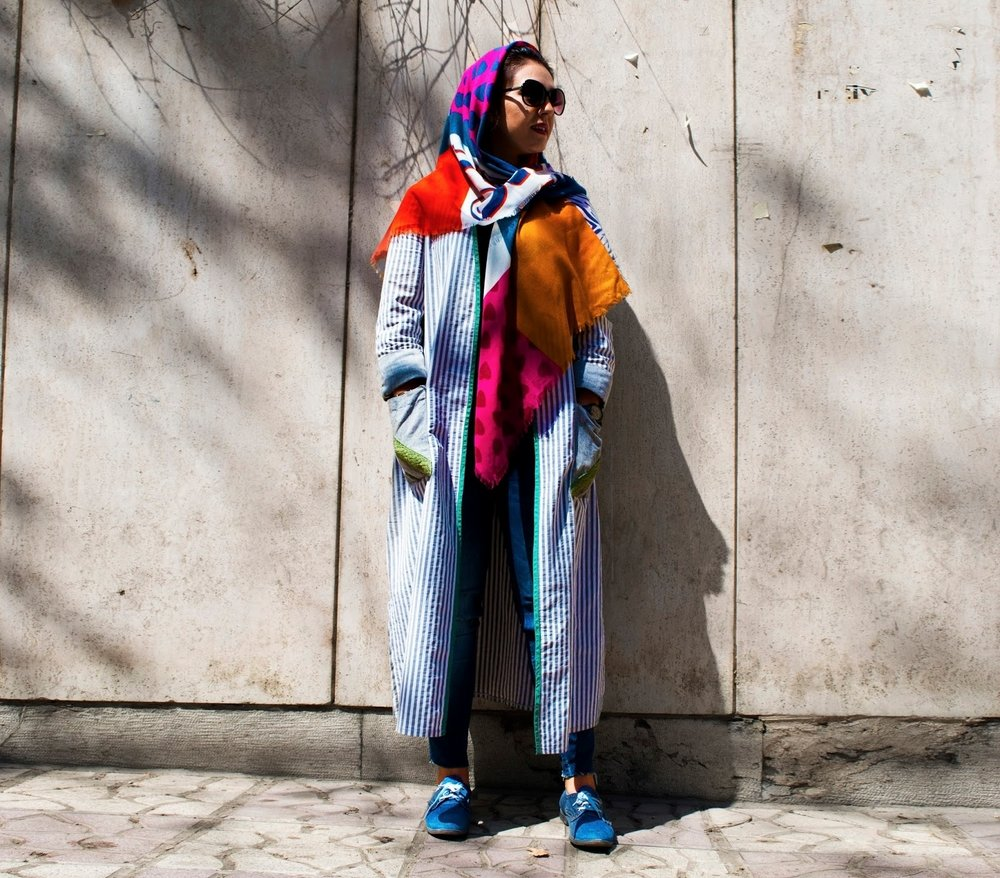 JOOJOO AZAD - Tehran Streetstyle: A Project of Identity and Personal Naarratvive