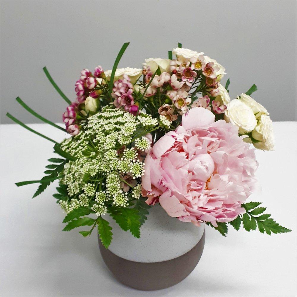 Vase Organic bubble w peony.jpg