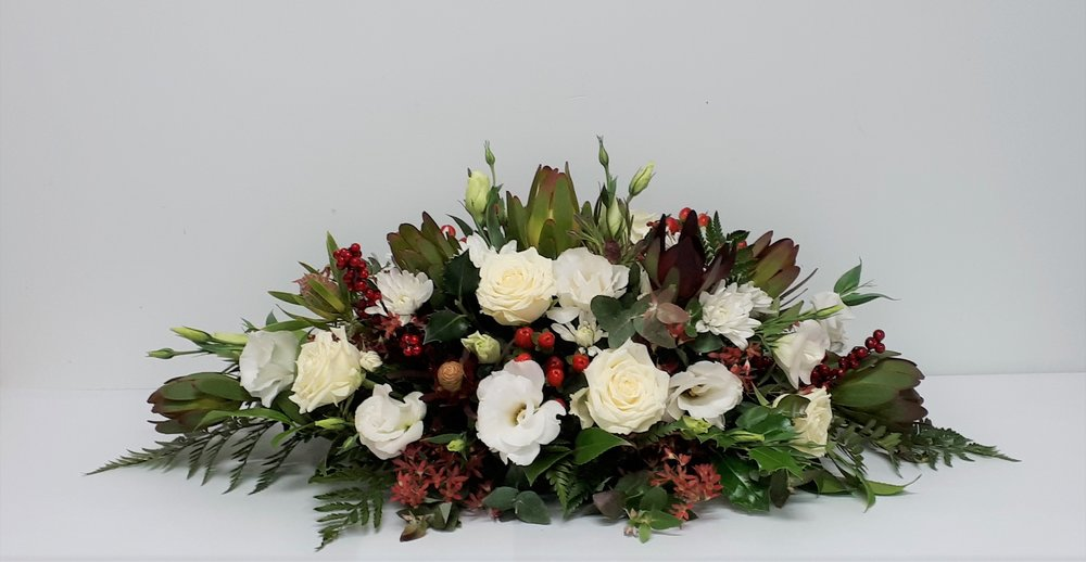 Christmas Table Centrepiece The Flower Mint Fresh Flowers