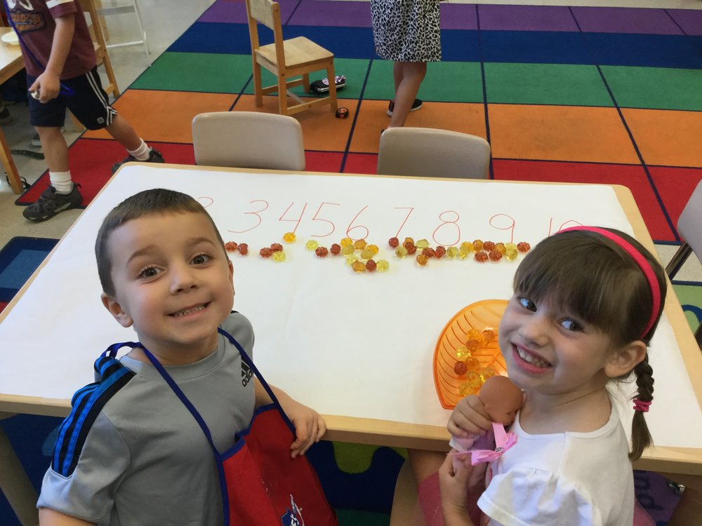 1 to 1 correspondence number activity with pumpkins.