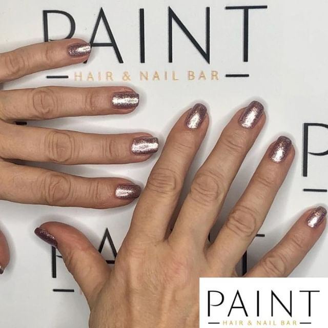 How about a little #BioSeaweedGel #Champagne for the #Weekend at #PAINT in #Hale? Clearly there is no better way to give you nails a gleaming shine. Book online 24/7 http://spab.kr/paintltd