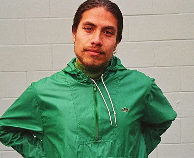 Moody Monday's in Wellington weather? Better shape up and buy a cute as heck rain jacket like Manoa wears! So designer, so green with envy 🐸