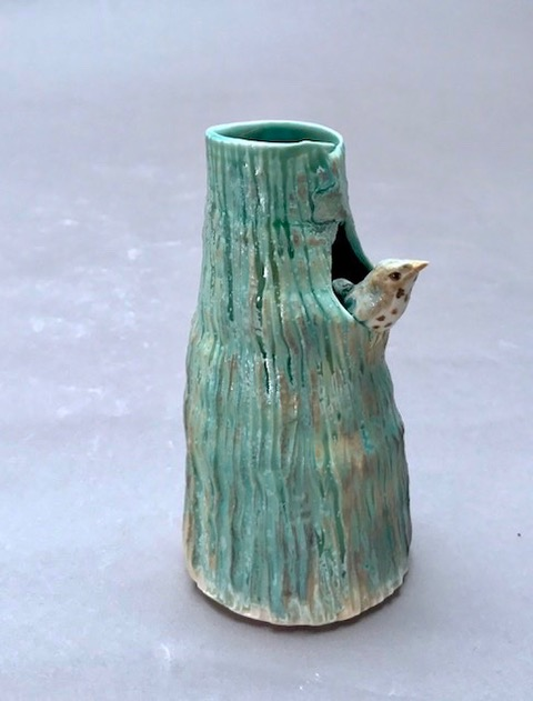 porcelain tree vase with thrush