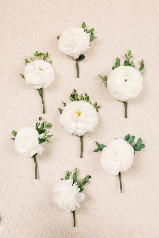 white wedding boutonnieres