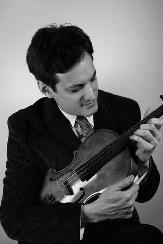David Yang,  viola