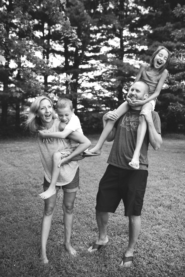 Schmidt-Family-Summer-2016-McKenzie-Elizabeth-Photography-Instagram-31-of-79.jpg