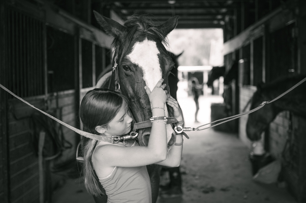 Ruby at the Farm- McKenzie Elizabeth Photography blog-39.jpg
