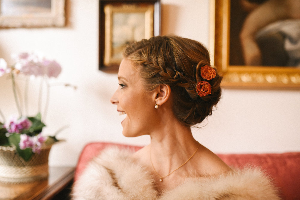 Alexandria, Fall Wedding, Historic Wedding, Old Town, DC, Fur Wrap, Rustic, Glam, Vintage, Wedding Jewelry, The London Bob Hair Design, Bride Photo, Romantic